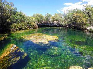 eau turquoise cenote mexique