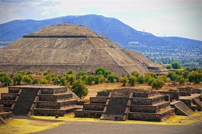 Teotihuacan tour pri