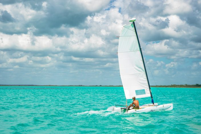 Catamaran tour in bacalar