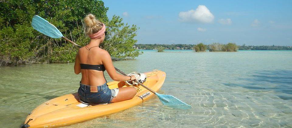 bacalar kayak tour lagoon